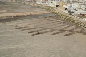 Excavation à sec et construction des digues